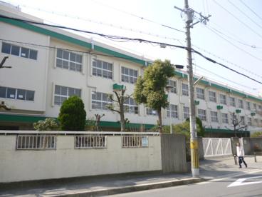 茨木市立 東小学校の画像1