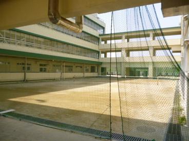 茨木市立東雲中学校の画像3