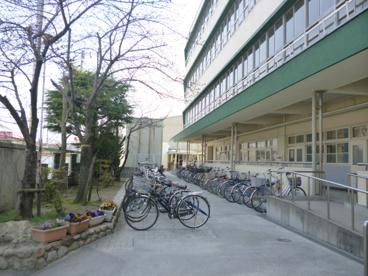 茨木市立東雲中学校の画像4
