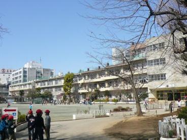 さいたま市立大宮小学校の画像2