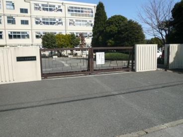 さいたま市立大宮東中学校の画像1