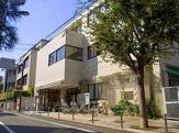 新宿区立中町図書館
