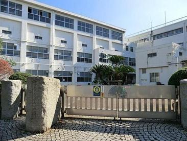 横浜市立 高田東小学校の画像1