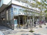 セブンイレブン 阪急山田駅前店