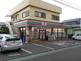 セブンイレブン・茅ケ崎ラチエン通り店の画像1