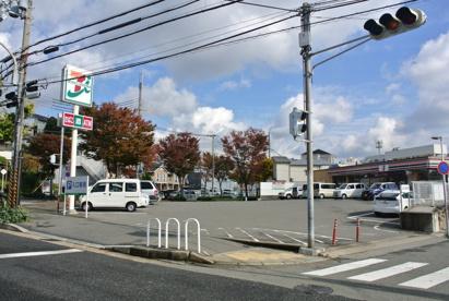 セブンイレブン舞子坂1丁目店の画像1