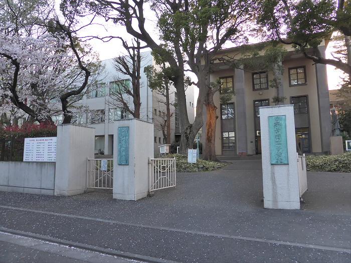 日本学園 高等学校の画像