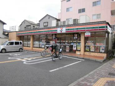 セブンーイレブン守口京阪北本通店の画像1