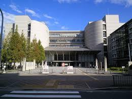 大阪府警察本部門真運転免許試験場の画像1