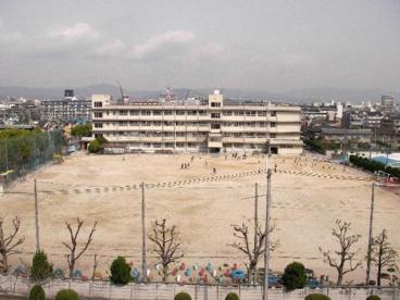 茨木市立 天王小学校の画像2