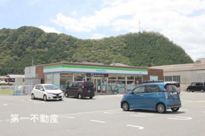 ファミリーマート西脇野村店の画像1
