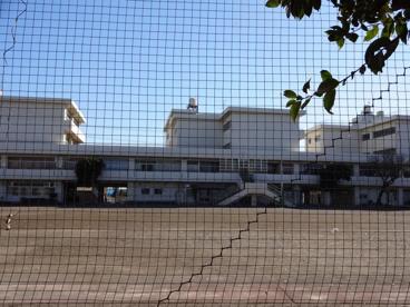 横浜市立上飯田中学校の画像1