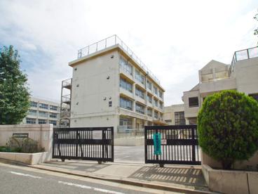 練馬区立貫井中学校の画像1