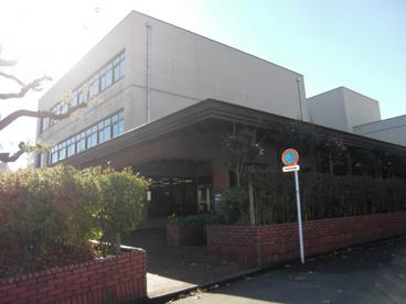 大和市立図書館の画像1