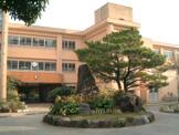 普天間小学校
