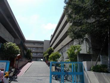 吹田市立 片山小学校の画像1