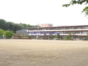 藤岡市立東中学校の画像1