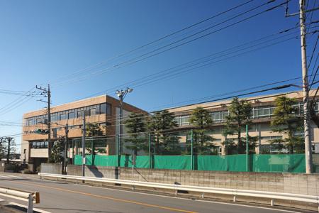 川口市立上青木中学校の画像