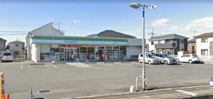 ファミリーマート川越府川高畑店の画像1