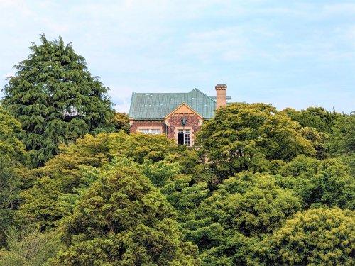 鳩山会館の画像