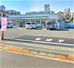 ファミリーマート豊玉中3丁目店の画像1