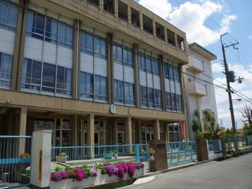 伊丹市立 昆陽里小学校の画像1
