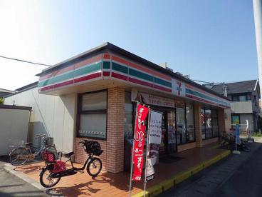 セブン−イレブン四日市楠町南五味塚店の画像1