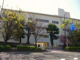伊丹市立 緑丘小学校