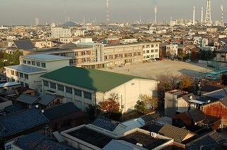 四日市市立 中部西小学校の画像