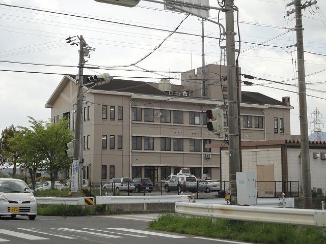四日市西警察署の画像