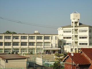 四日市市立 日永小学校の画像