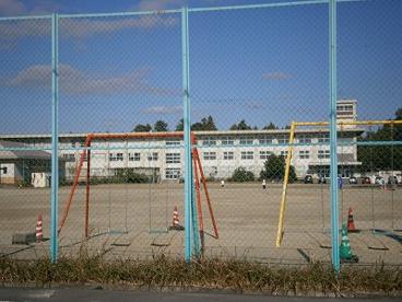 四日市市立 保々小学校の画像1