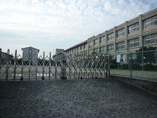 四日市市立 内部小学校の画像1