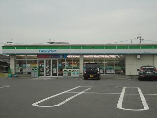 ファミリーマート四日市山分店の画像1