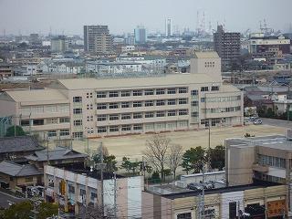 中部中学校の画像