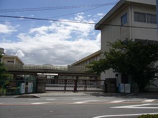 山手中学校の画像