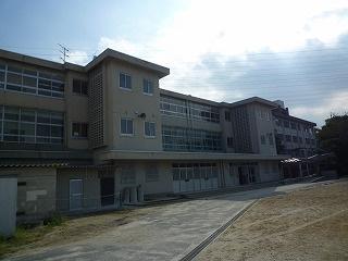 四日市市立笹川中学校の画像
