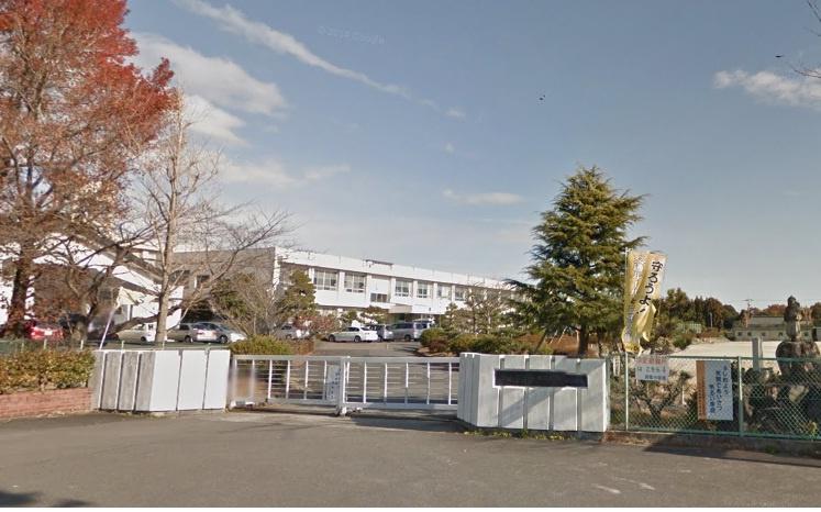 四日市市立西陵中学校の画像