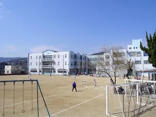 川西市立 川西小学校の画像1