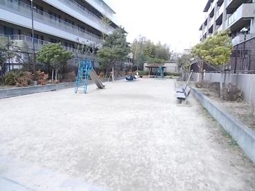 江坂町くすのき遊園の画像2