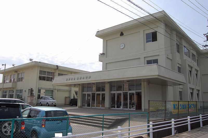 菰野町立 菰野小学校の画像