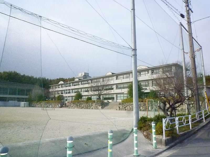 朝日町立朝日中学校の画像