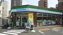 ファミリーマート市役所通り店