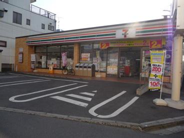 セブンイレブン船橋北習志野駅西口店の画像1