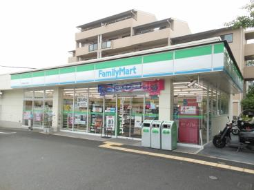 ファミリーマート 吹田朝日が丘町店の画像1