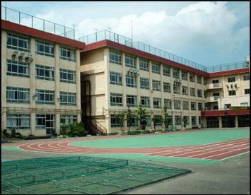 第一寺島小学校の画像1