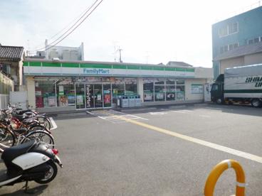 ファミリーマート伏見中書島店の画像1