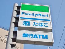 ファミリーマート 木津大谷店