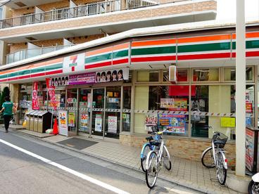 セブンイレブン 世田谷桜上水駅南店 の画像1