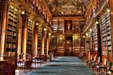 品川区立大井図書館
